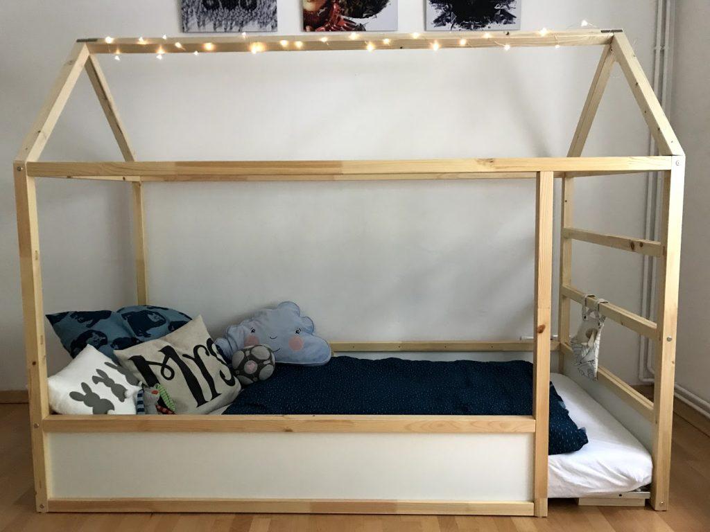 Diy Hausbett Mit Rausfallschutz Ikea Kura Hack Yumyums